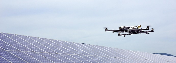 AscTec Falcon 8 Solarinspektion